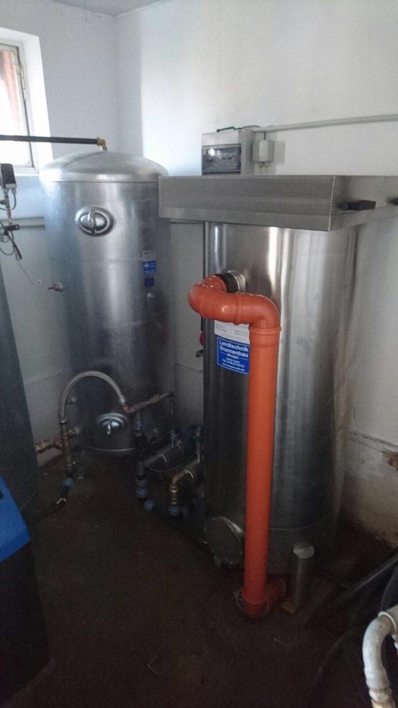 Bargstedt Kreis Rendsburg Eckernförde Milchviehbetrieb. Installation der kompletten Wassertechnik sowie einer Wasseraufbereitungsanlage