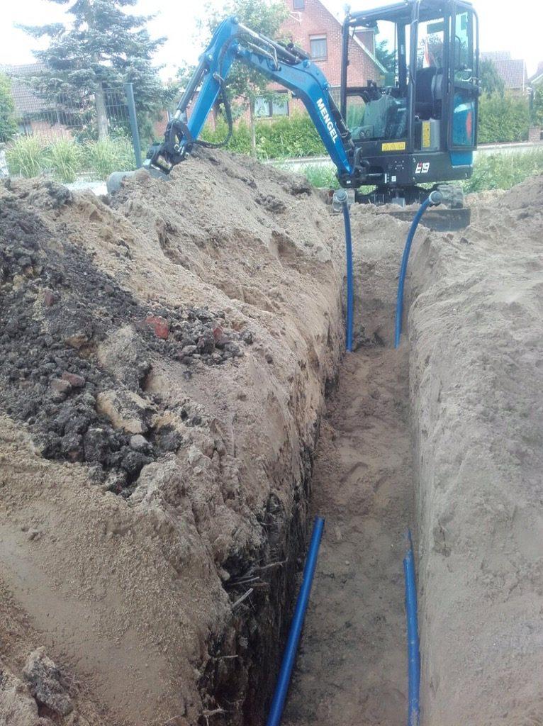 Drochtersen Niedersachsen: Neubau Einfamilienhau, Rohrleitungsbau…