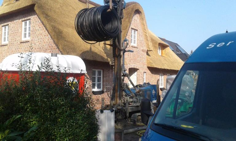 St. Peter Ording: Erdwärme für ein Reetdachhaus…
