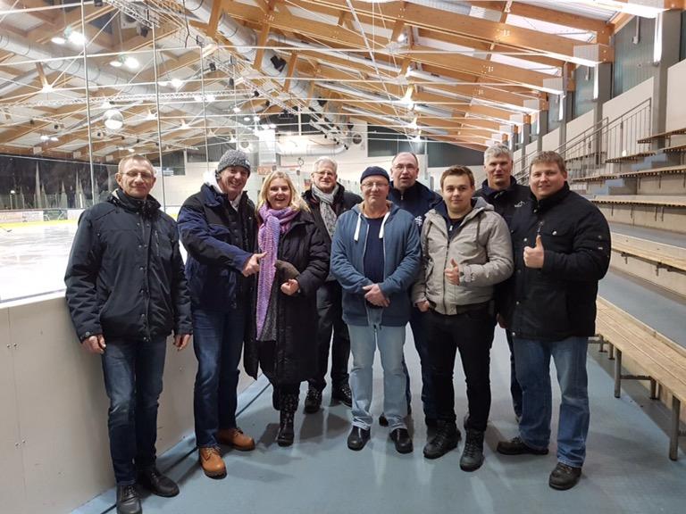 Viel Spaß und Erfolg hatte unser Team beim Eisstockschiessen in Brokdorf…