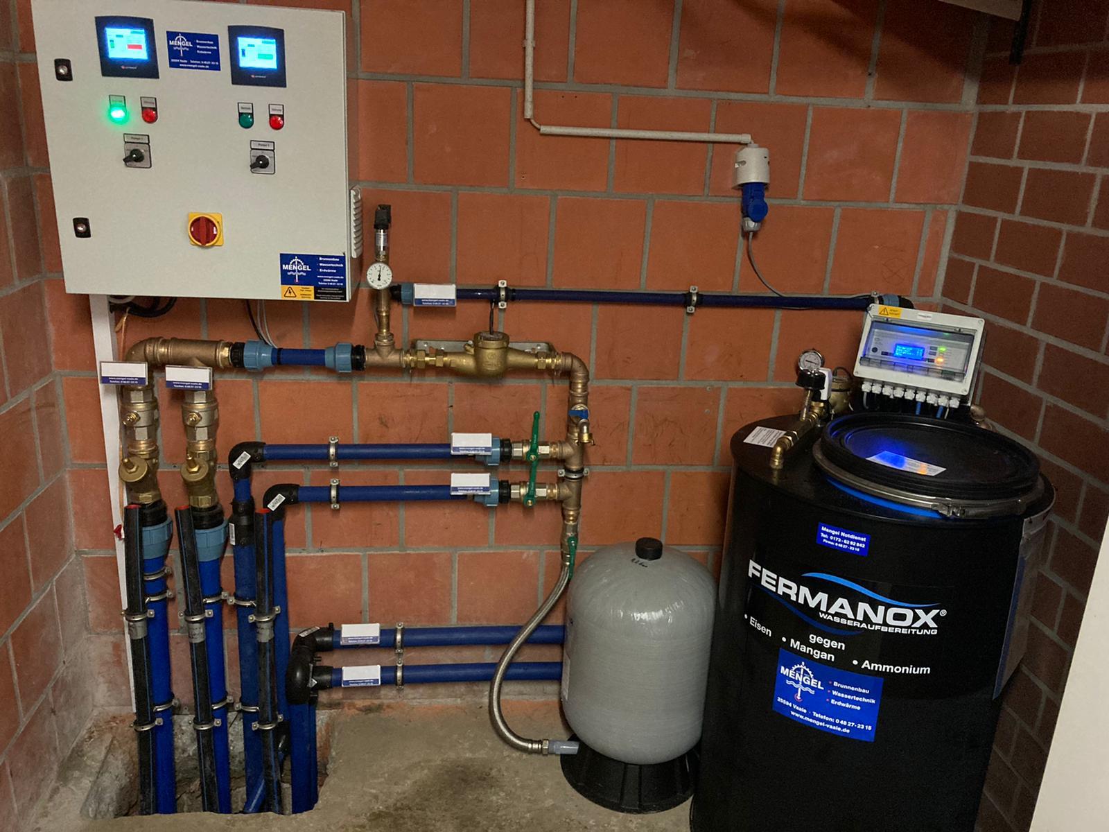 Komplette Wasserversorgung in Pinneberg mit Aufbereitungstechnik und Pumpensteuerung